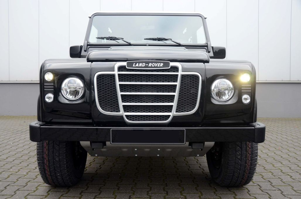 4x4 Outdoor Tuning Retro Front Grille With Light