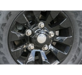 Wheel nut for alloy rim for Land Rover