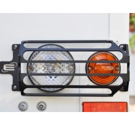 Rear indicator, rear light / rear fog light protection for Defender, black powder coated.