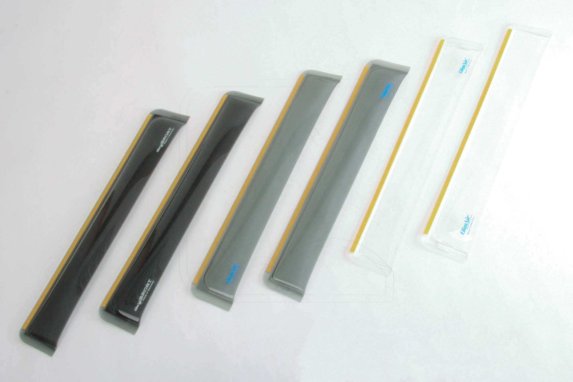 Wind deflectors rear in smoke-grey, black or clear for Land Rover Defender