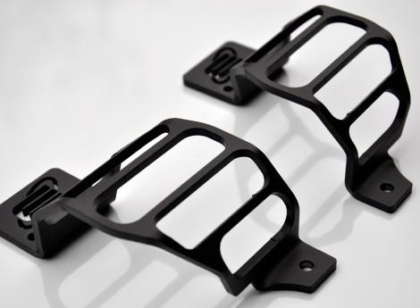 Stop light protection, rear, for Defender, black powder coated.