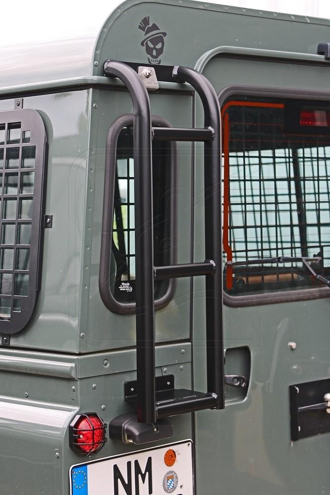 Nakatanenga Rear ladder for Land Rover Defender 90/110, black or silver