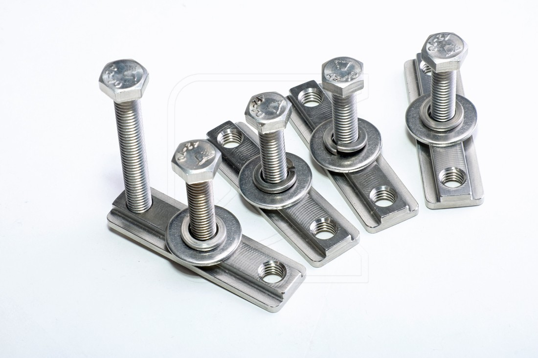 Mounting / Fitting / Bolt / Nut Kit for CargoBear System Roof Rack