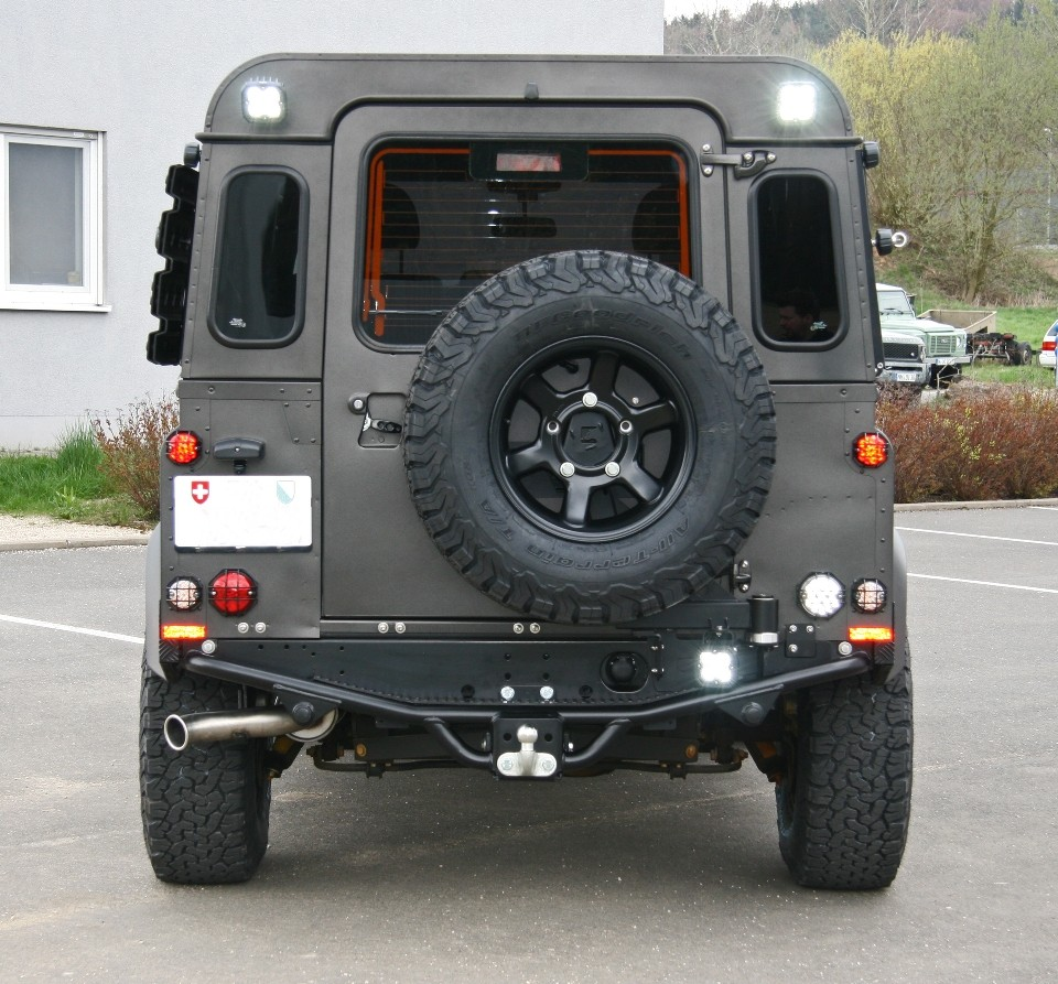 Spare wheel carrier stainless steel black for Land Rover Defender SW/HT to 2001 by Nakatanenga
