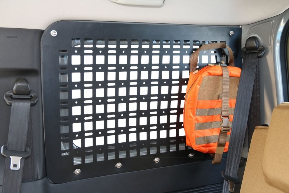 Rear window PE grille for Suzuki Jimny 2