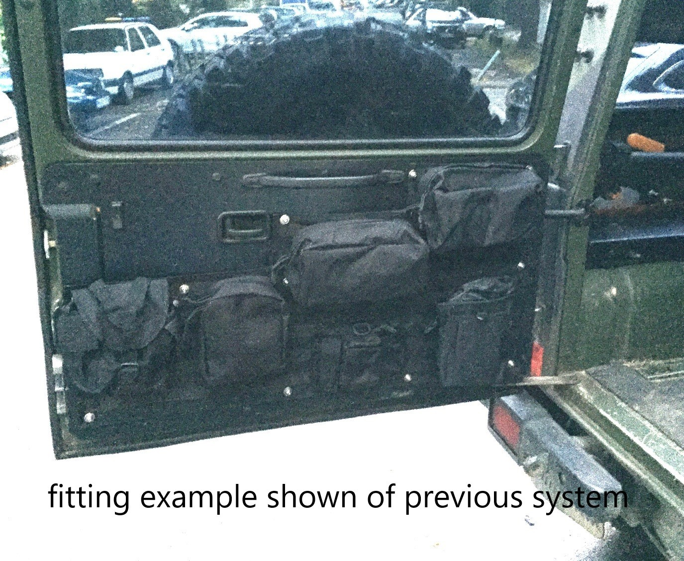 Tailgate Organizer for Mercedes G Class
