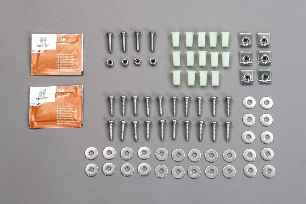 Stainless steel mounting kit for footwell floor plate front for Land Rover Defender